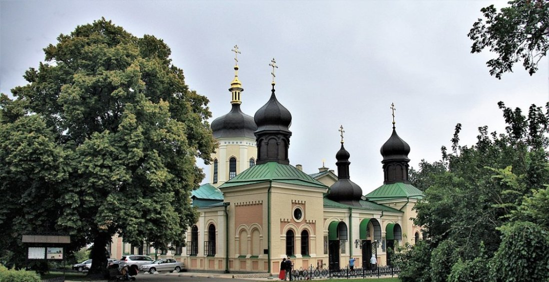 У Києві ще в одному монастирі знайшли хворих  на COVID-19