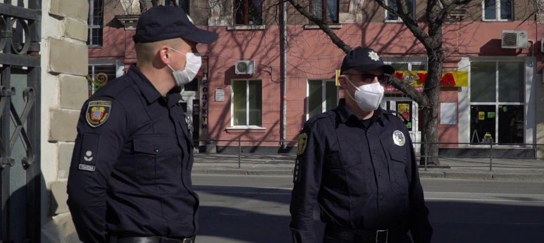 Що поліція робитиме з порушниками карантину на Великдень