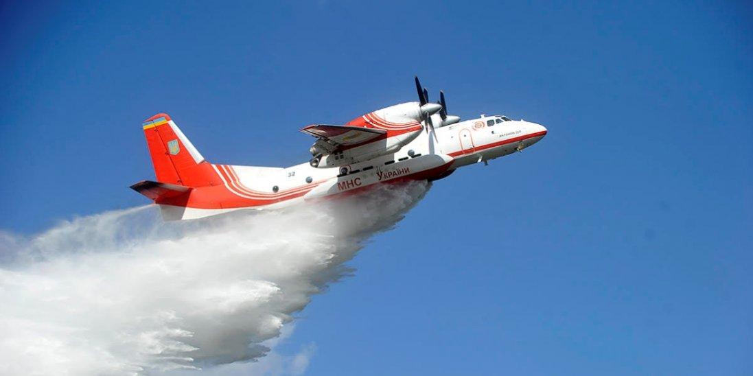 На Житомирщині до гасіння лісові пожежі залучили авіацію
