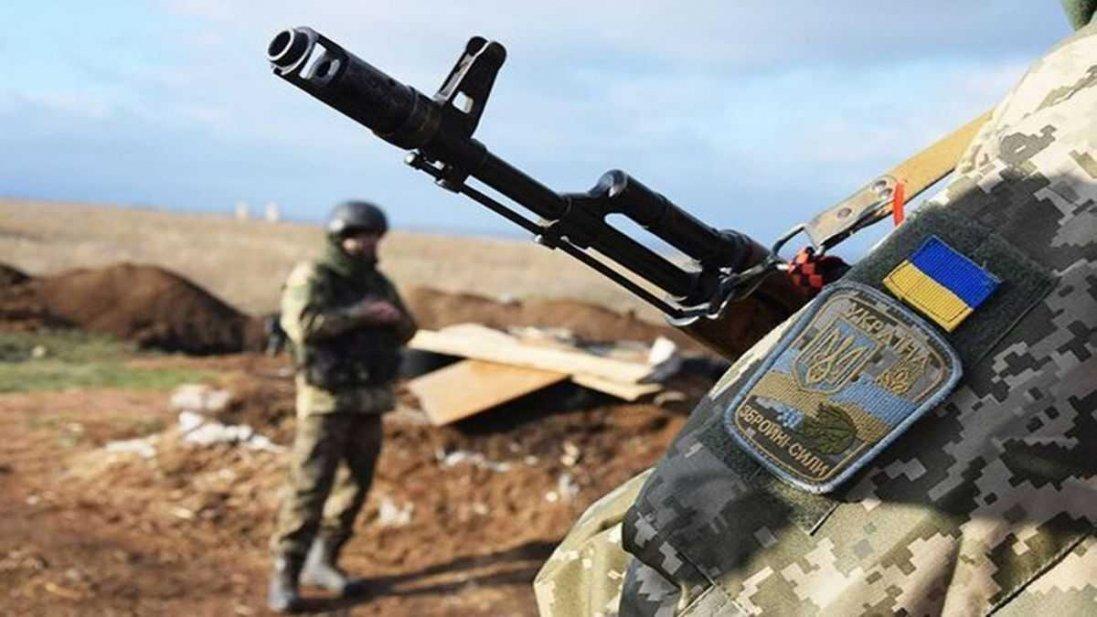 Окупанти на Донбасі поранили українського захисника