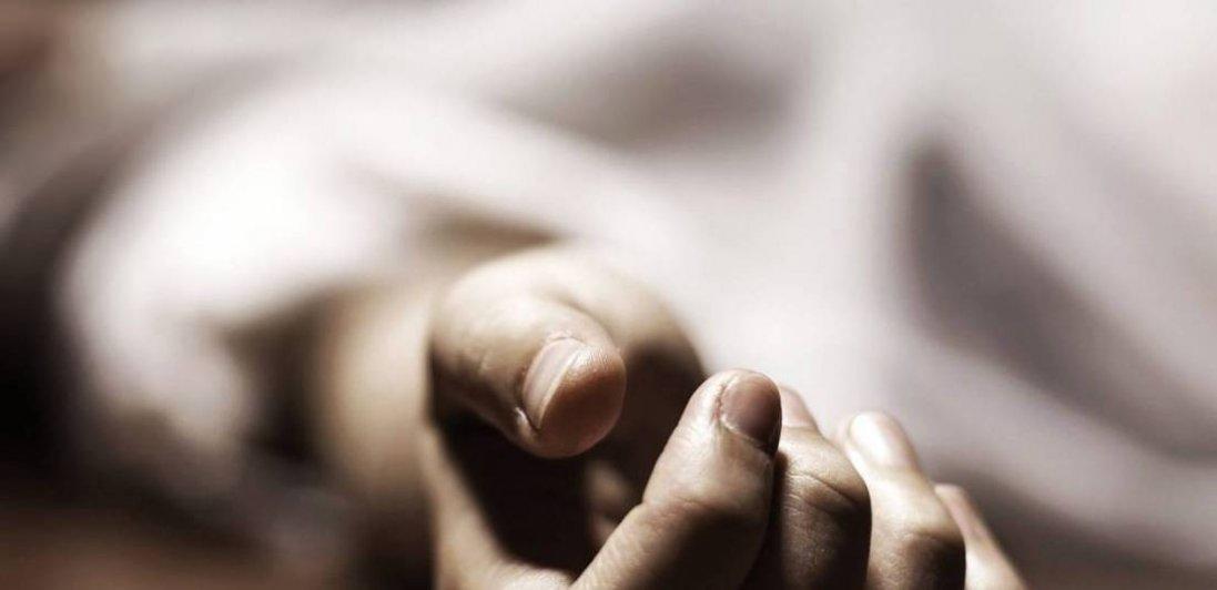 У Дніпрі на вулиці померла жінка