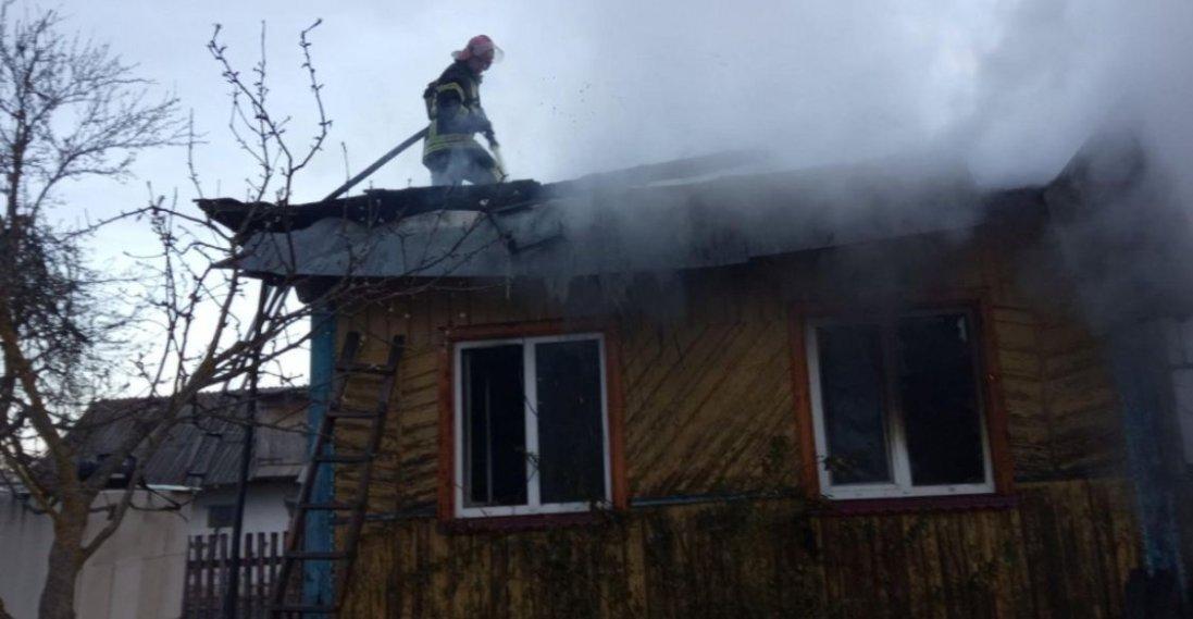 На Волині вщент згорів будинок багатодітної родини