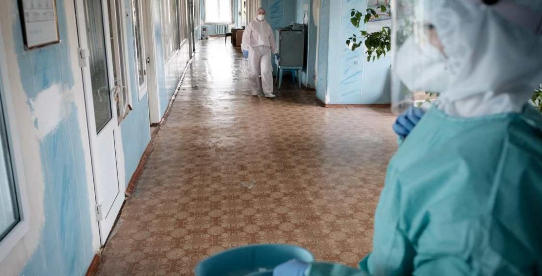 У Чернівцях в лікарнях закінчилися ліжко-місця для хворих на коронавірус