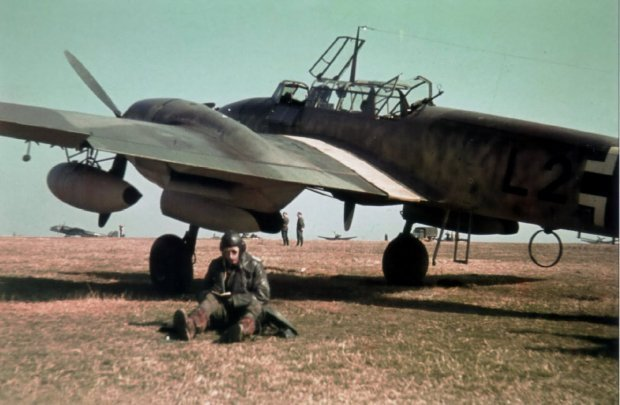 Німецький пілот Мессершмітта на аеродромі, Сталіно (зараз – Донецьк). Весна 1942 рік </em>/<em>Фото: memory.gov.ua