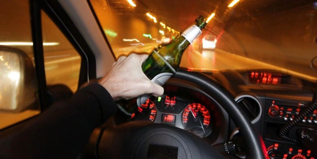 У Луцьку п'яний як чіп водій пропонував поліцейському  5 тисяч