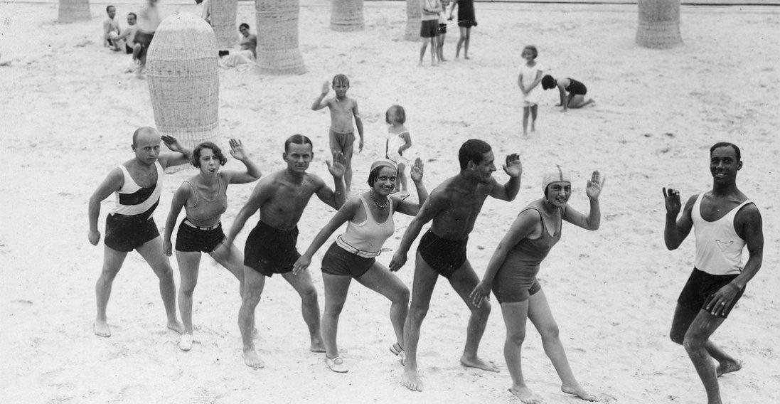 Фото пляжу в Трускавці 90 років тому