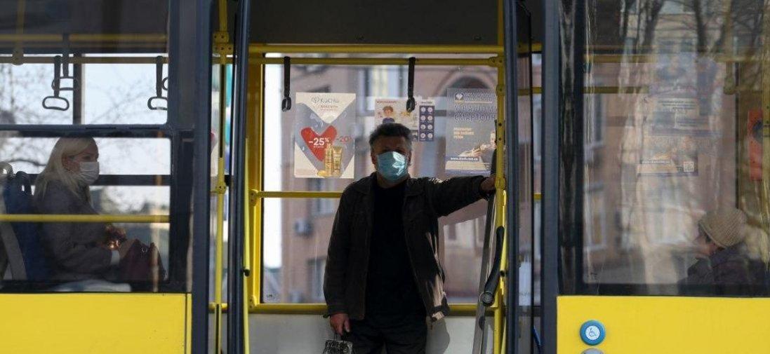 У Луцьк хочуть пустити громадський транспорт і відкрити дитсадки