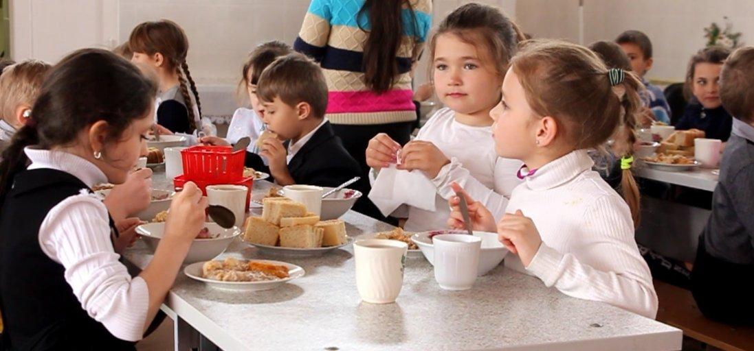 Близько 60 волинських шкіл обладнають їдальні за рахунок субвенції