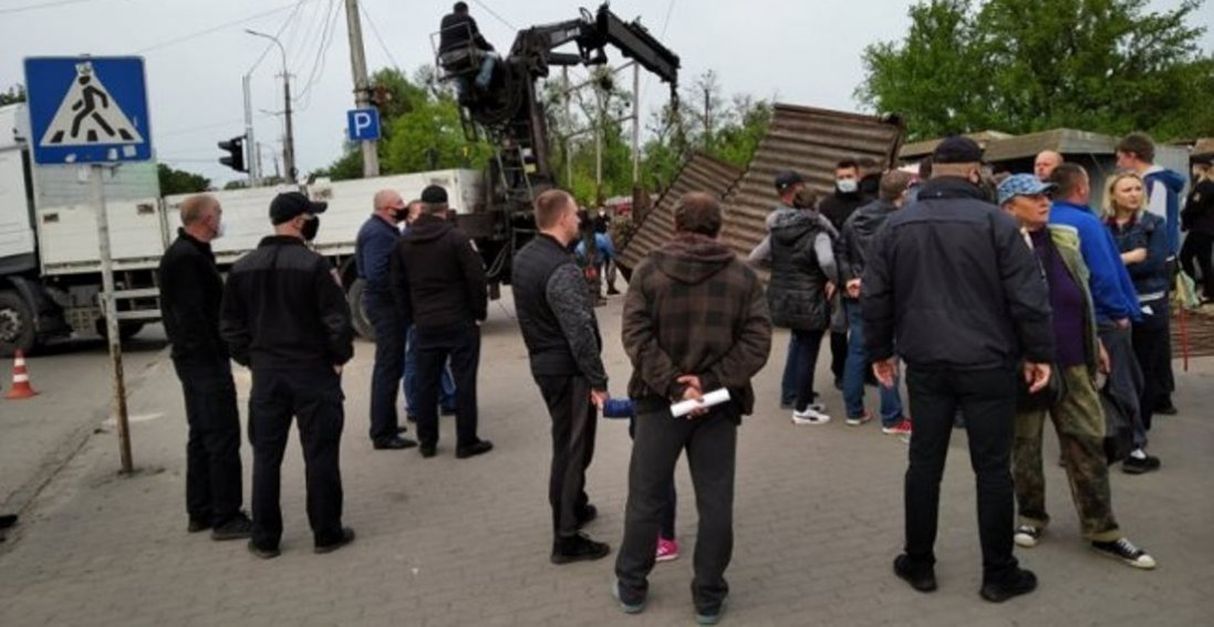 На Старому ринку Луцька виникли суперечки між муніципалами і підприємцями