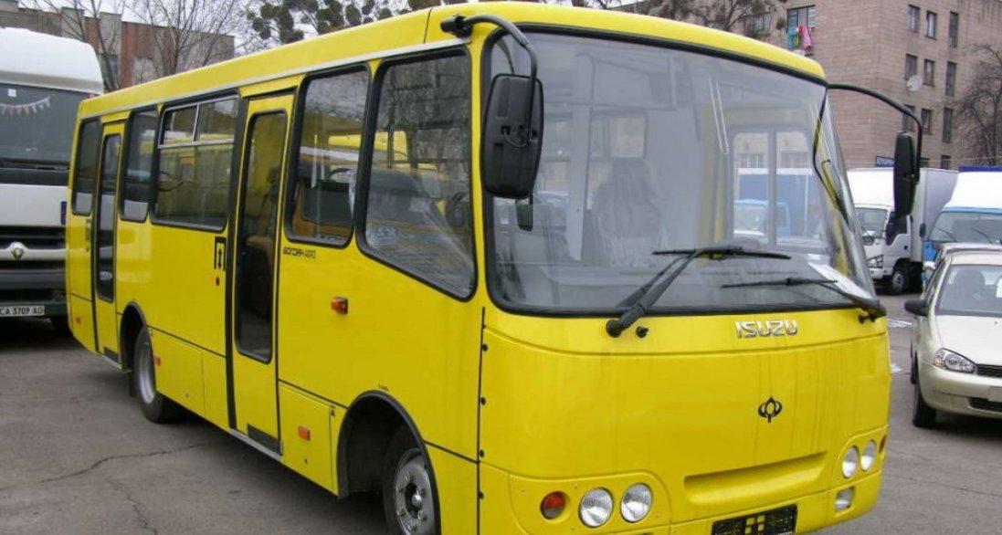 У Луцьку не відновлять рух маршруток і тролейбусів