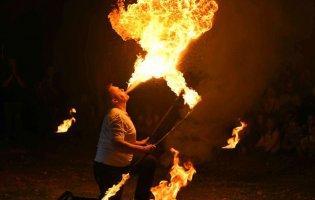 «Вогонь буває різним»: луцький фотограф поділився заворожуючими світлинами