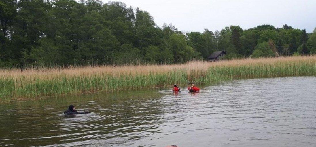 У Польщі в озері загинули двоє українців, що попливли на закупи