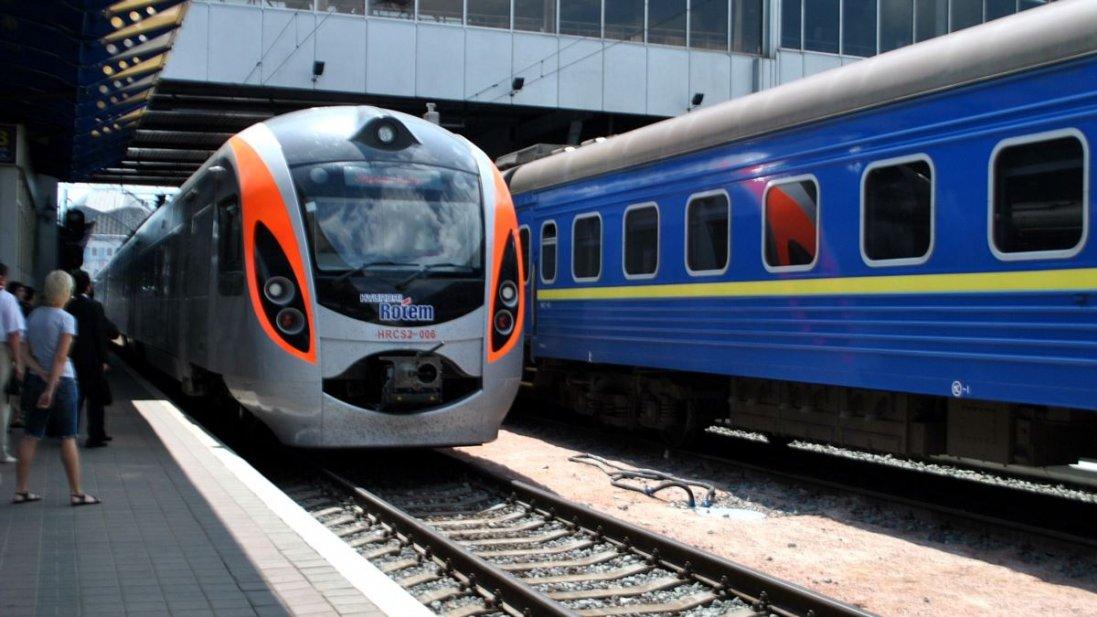 В Україні запускають ще 12 поїздів: за якими напрямками
