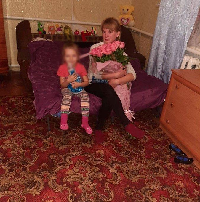 Неля Погребицька з донькою
