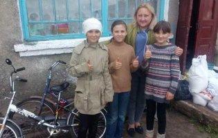 «Хороші люди є!»: на Волині небайдужі здійснили мрію трьох сестричок