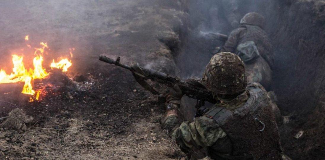 На Донбасі бойовики гатили з гранатометів:  один захисник ЗСУ поранений