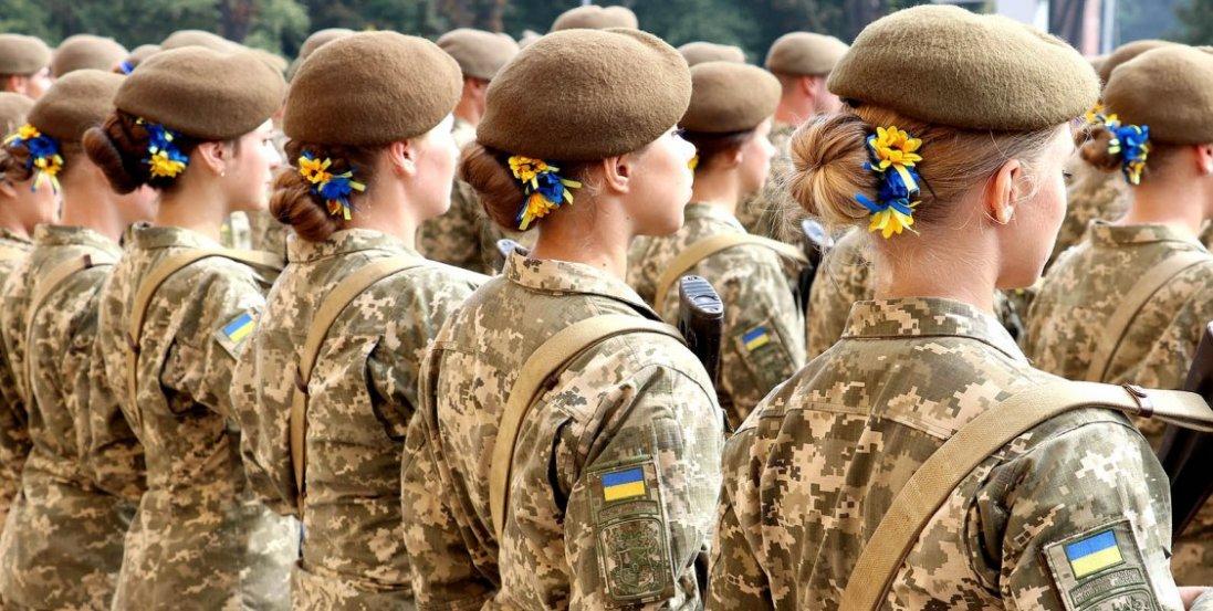 «Якщо для чоловіків «це не їхня війна», то захищати Батьківщину ідуть жінки», - солдат Катерина