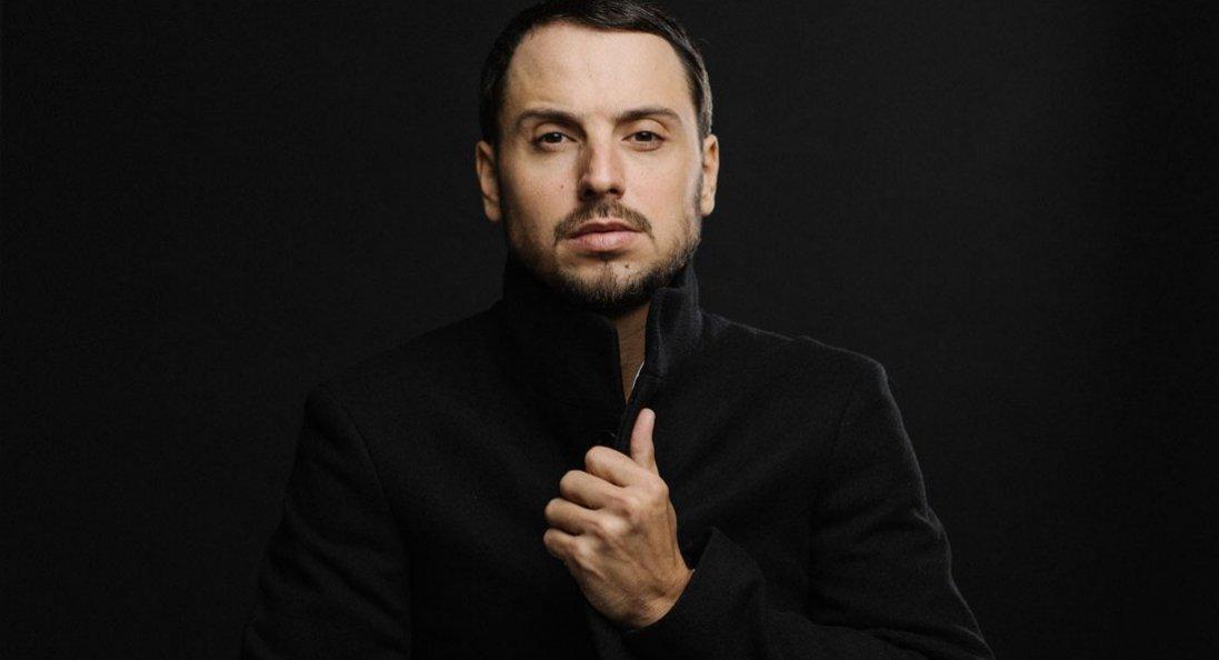 Співак Сергій Мироненко: «Мрію, аби хоча б одна з моїх пісень прожила десятиріччя, надихала цілі покоління»