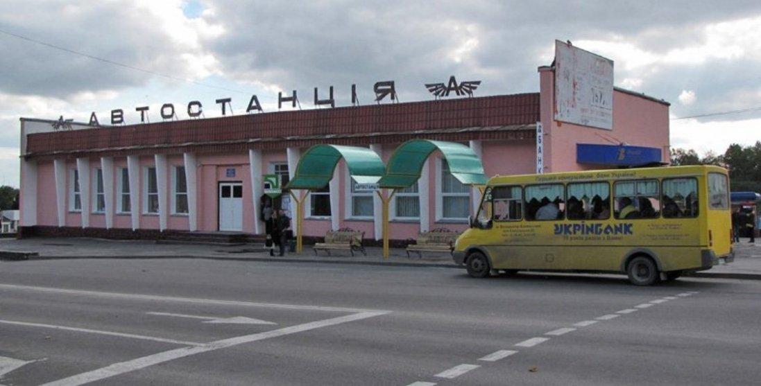 Транспорт не курсуватиме, дитсадки закриті: у Володимирі-Волинському знову жорсткий карантин