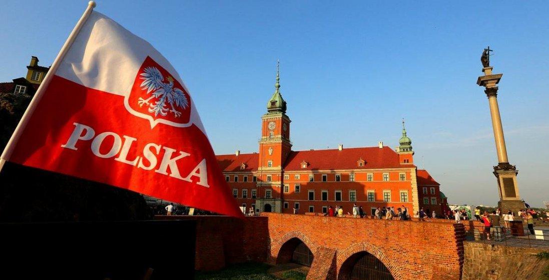 Польща відкриває кордони для жителів країн ЄС