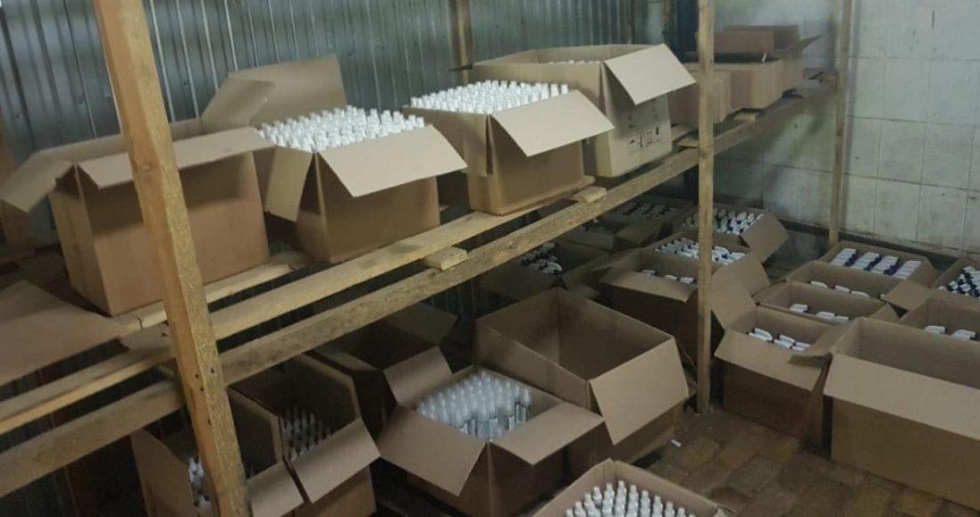 У Луцьку на складі вилучили понад 3000 літрів фальсифікованих антисептиків