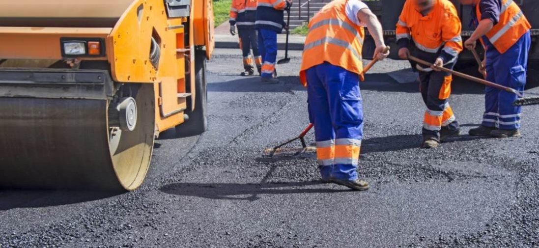 В Україні активно ремонтують дороги до морів