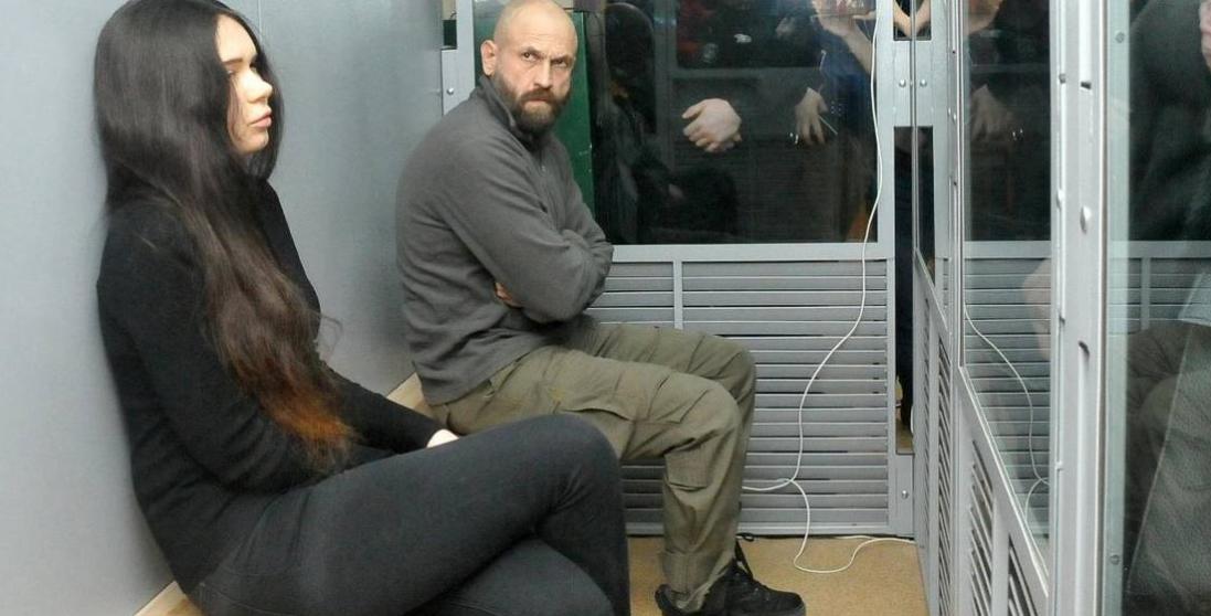 Встигає засмагати: як відбуває покарання Олена Зайцева