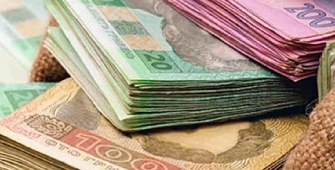 В Україні хочуть підвищити мінімальну зарплату