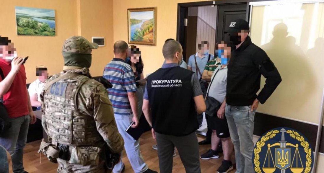 У Харкові на заводі «Електроважмаш» - обшуки
