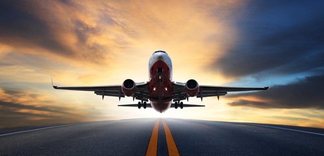 У Польщі не відновлюватимуть авіасполучення з Україною