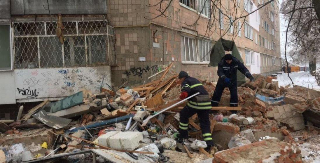 У київській багатоповерхівці стався потужний вибух газу: шокуюче відео