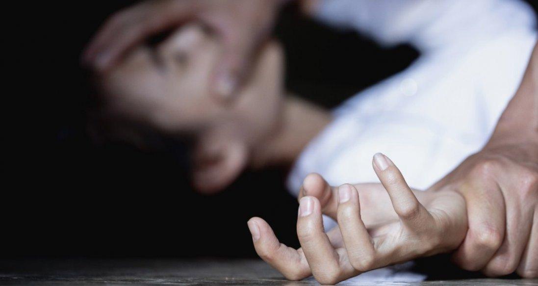 Що відомо про стан жінки, яку зґвалтували поліцейські в Кагарлику