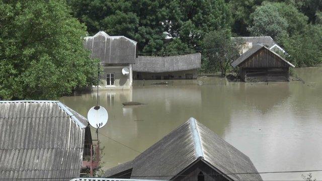 Негода підтопила багато будинків на Тернопільщині / Фото 24 каналу