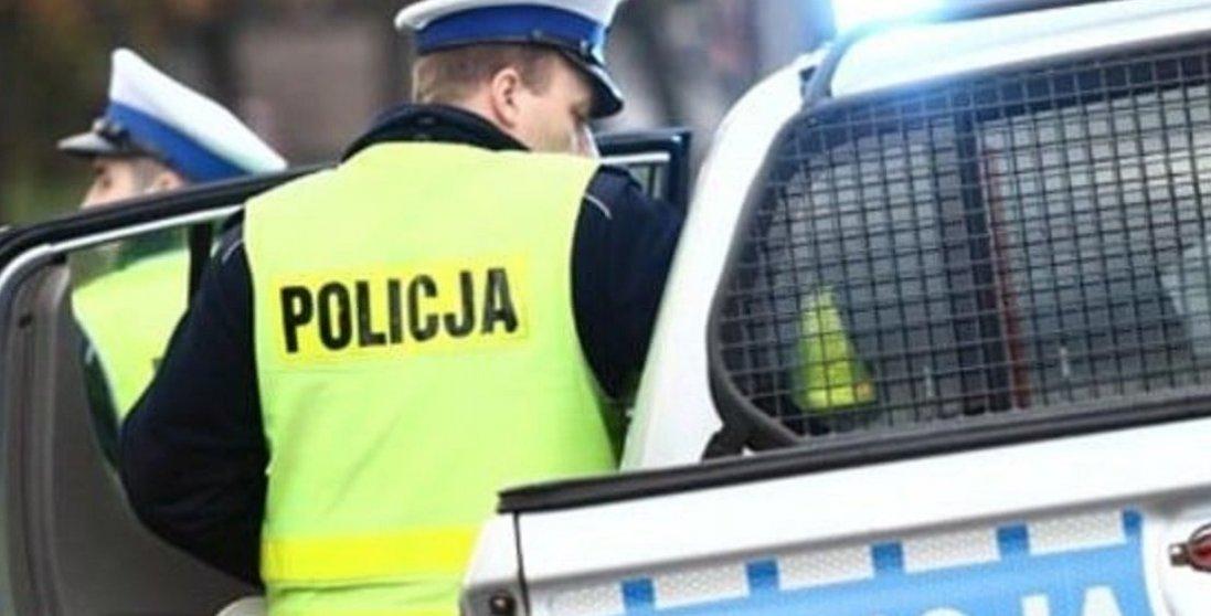Нічого собі: у Польщі затримали українця, який своїми танцями пошкодив 7 машин