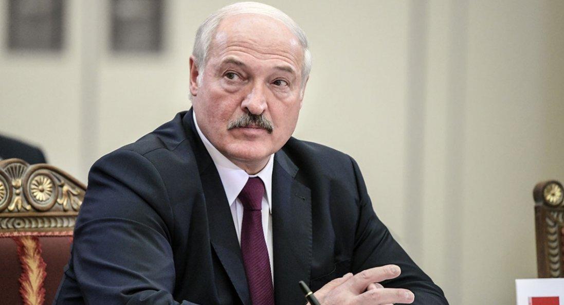 Лукашенко заявив, що доручив відкрити справи проти політичних опонентів