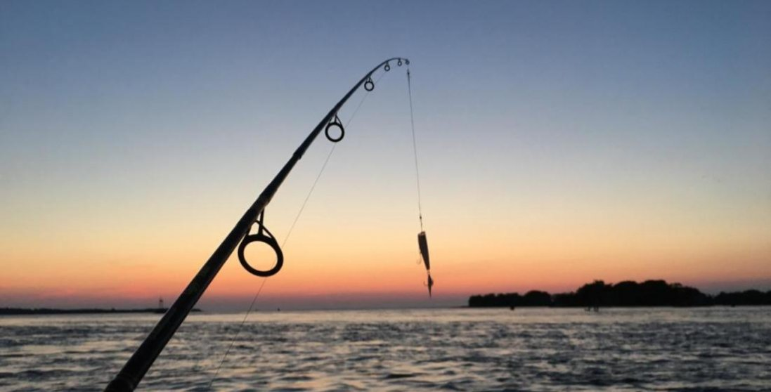 На Волині під час риболовлі від удару струмом помер чоловік