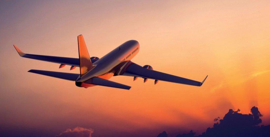 Польща відновила авіаперельоти до України