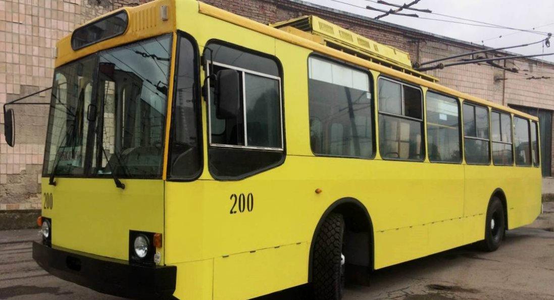 У Луцьку апгрейднули тролейбус 1998 року