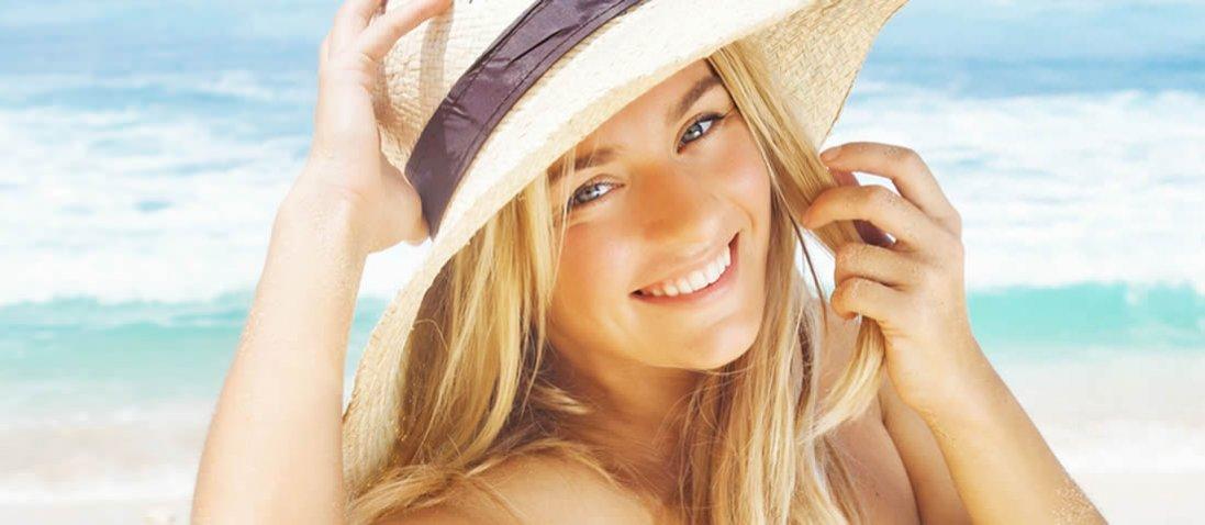 Догляд за волоссям влітку