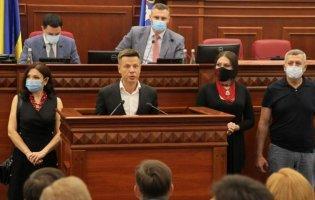 Порошенко, волонтери та військові: у Київраді вимагають припинити політичні переслідування