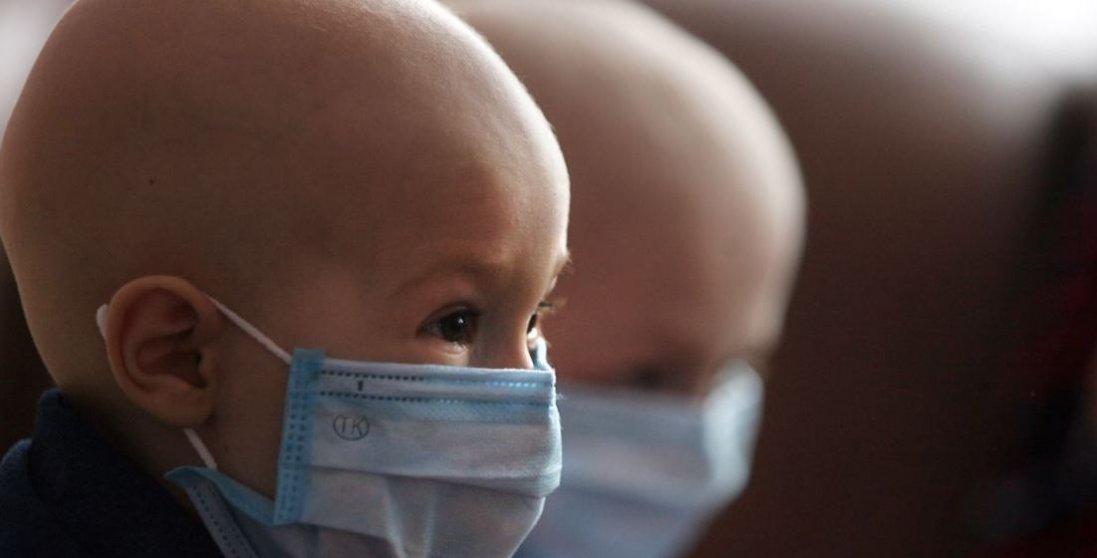 У Вінниці онкохворих діток не випускають з палат, температура в яких сягає 32 градусів