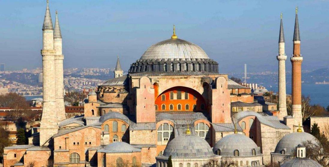 Виклик усьому світу: символ православної віри перетворили на мечеть