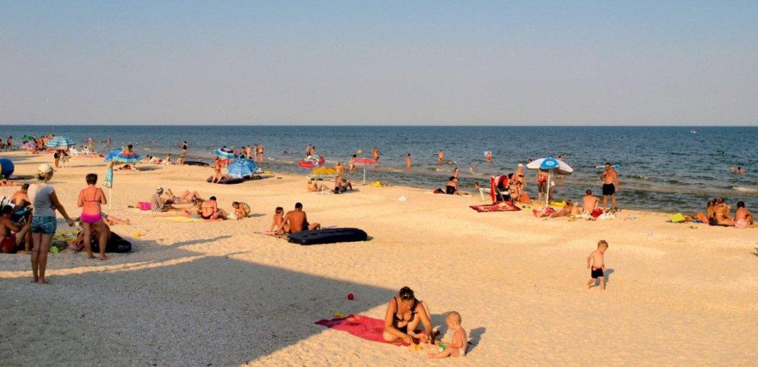 На Азовському морі скаржаться на болючі укуси медуз і бліх
