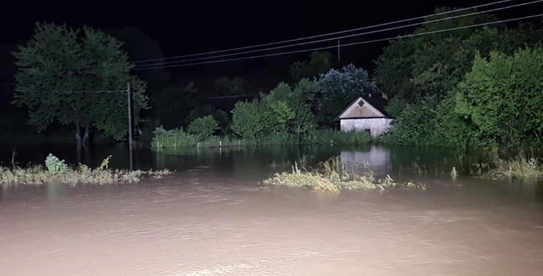 Україну може затопити: яким областям це загрожує