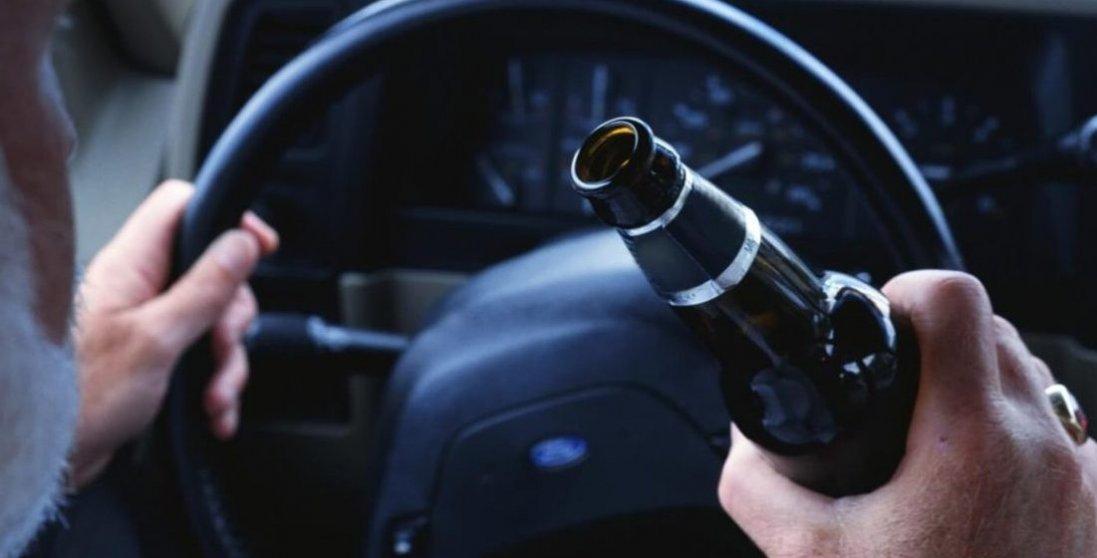 Зеленський просить довічного: нардепи хочуть повернути кримінал за п'яне водіння