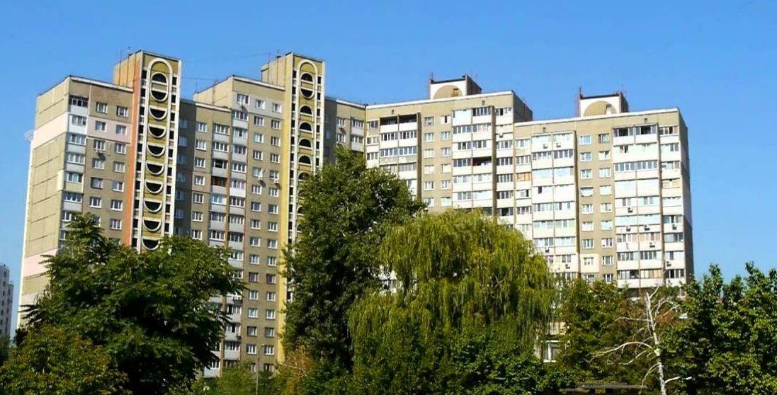 У Києві повідомили про замінування багатоквартирного будинку