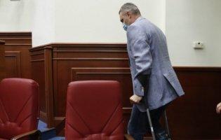 «Ганяв вандалів»: Кличко прийшов у Київраду на милицях