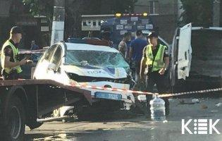 Аварія в Одесі: авто поліції та мікроавтобус розтрощені