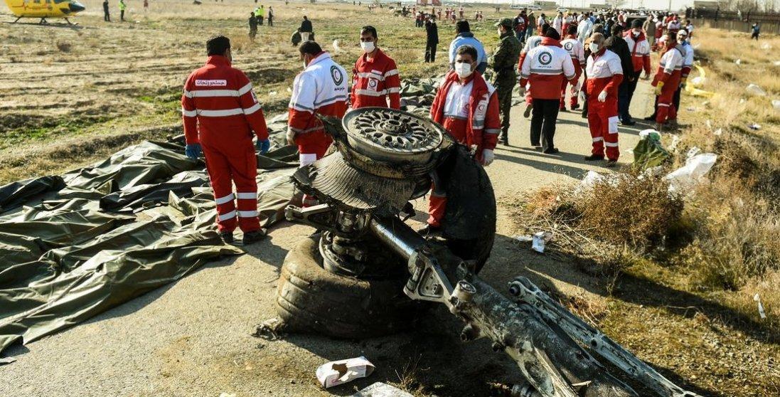 Які вимоги пред'явили Ірану сім'ї жертв катастрофи літака МАУ