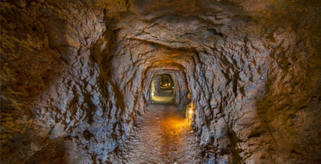 «Втеча з Шоушенка» по-українськи: мати рила підземний тунель, щоб син втік з тюрми